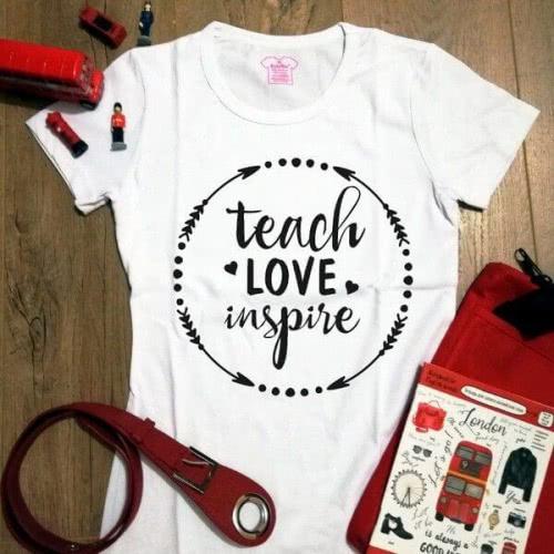 Футболка Teach Love Inspire Repeat