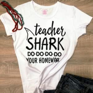 Футболка Teacher Shark